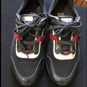 Gucci Shoes - Gucci shoes size 6(women's)/4(boys)